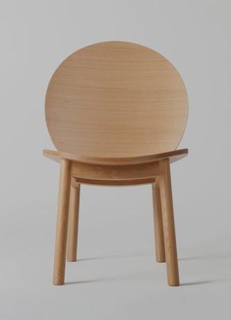 כסא טרנדי לעיצוב הבית בחורף